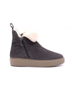 WOMAN ANKLE BOOT SHEARLING RUBBER SOLE