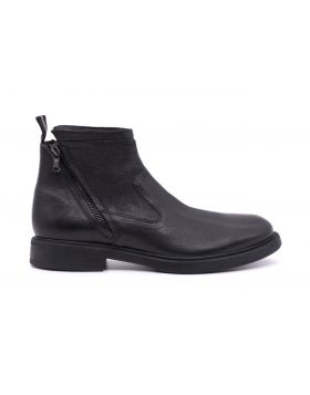 MEN'S ANKLE BOOT IN HAND-AGED LEATHER